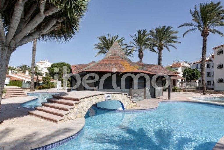 Villa   à Denia pour 6 personnes avec piscine commune p3