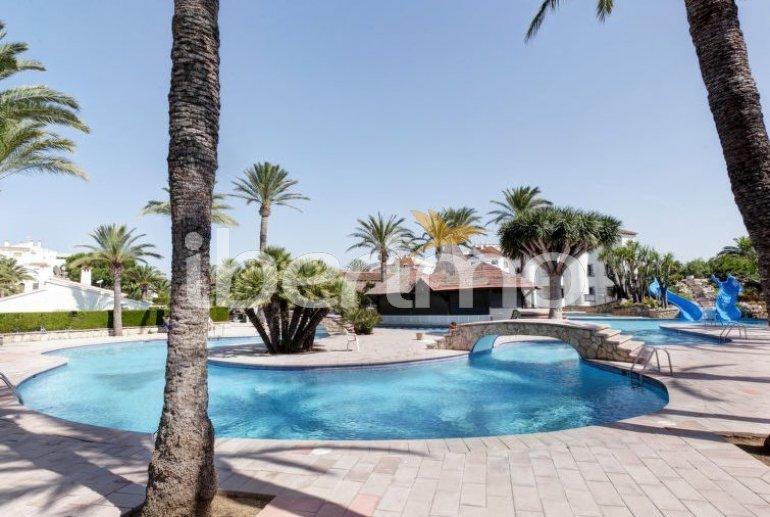 Villa   à Denia pour 6 personnes avec piscine commune p5