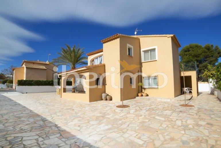 Villa   à Calpe pour 10 personnes avec piscine privée p6