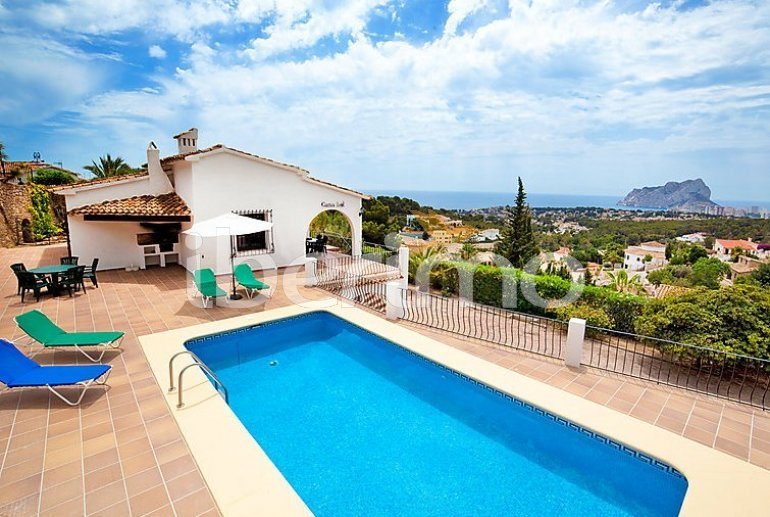 Villa   à Calpe pour 6 personnes avec piscine privée p0