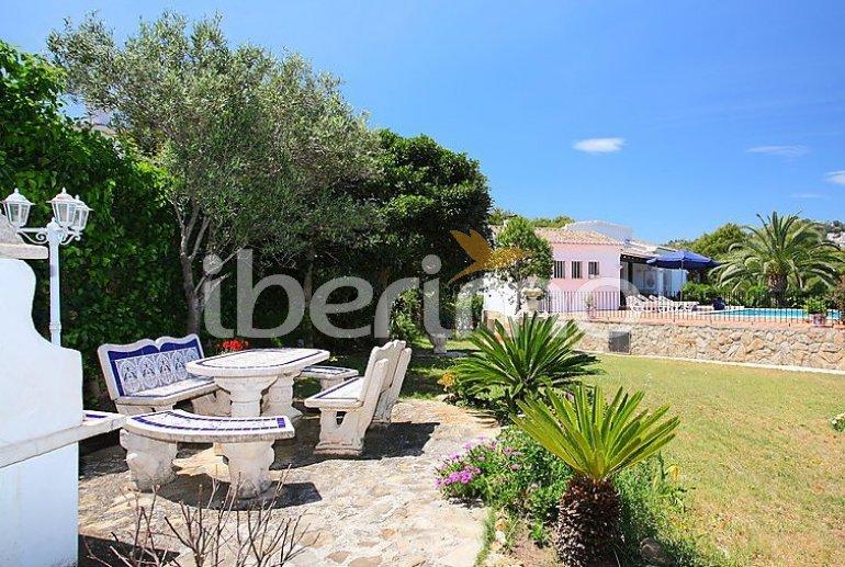 Villa   à Moraira pour 10 personnes avec piscine privée p3