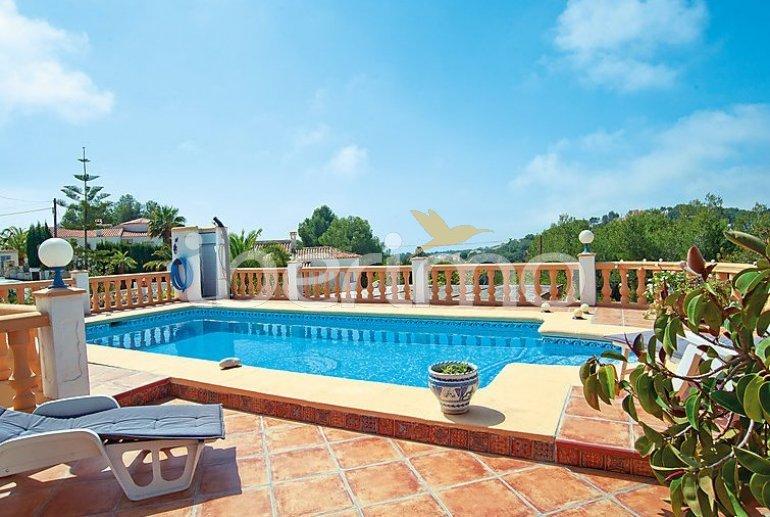 Villa   à Moraira pour 8 personnes avec piscine privée p2