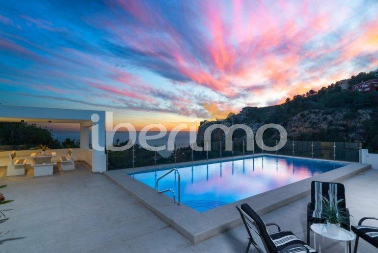 Villa   à Moraira pour 10 personnes avec piscine privée p0