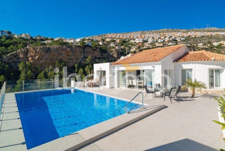Villa   à Moraira pour 10 personnes avec piscine privée p6