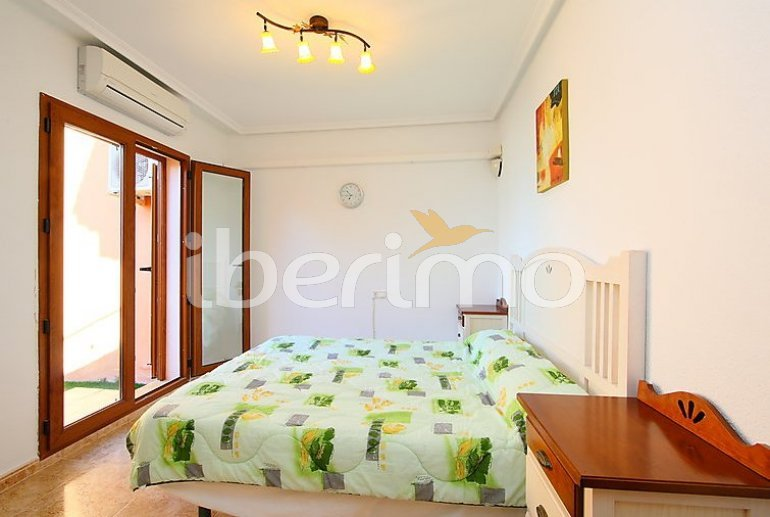 Villa   à Benidorm pour 6 personnes avec piscine commune p12