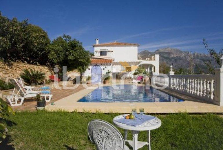 Villa   à Callosa d´En Sarria - Confrides pour 8 personnes avec piscine privée p1