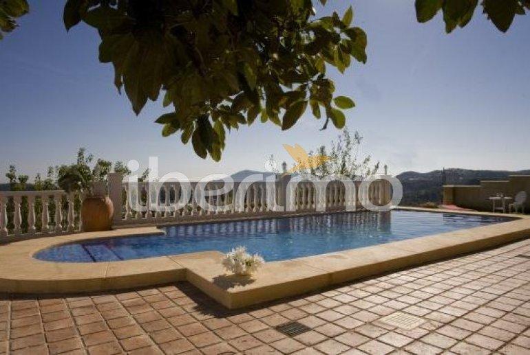 Villa   à Callosa d´En Sarria - Confrides pour 8 personnes avec piscine privée p4