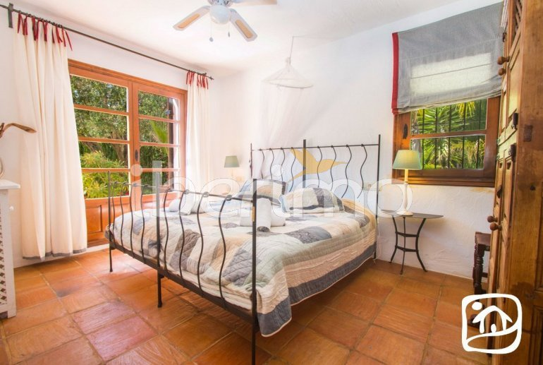 Villa   à Moraira pour 10 personnes avec piscine privée, internet et proche mer p3