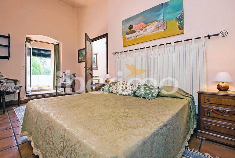 Villa   à Viladecavalls pour 8 personnes avec piscine privée p9