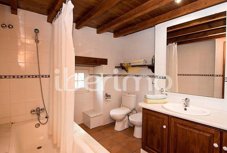 Villa   à Viladecavalls pour 8 personnes avec piscine privée p11