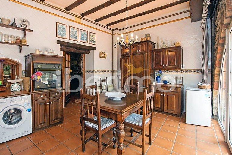 Villa   à Viladecavalls pour 8 personnes avec piscine privée p5