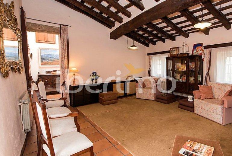 Villa   à Viladecavalls pour 8 personnes avec piscine privée p7