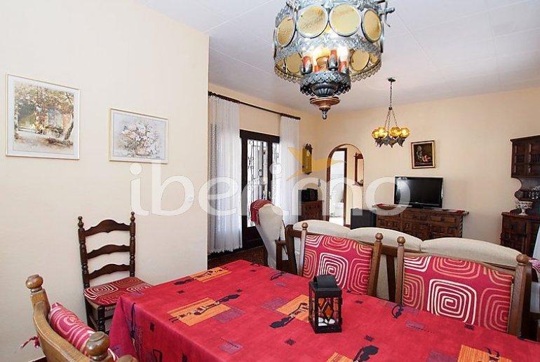 Villa   à Empuriabrava pour 4 personnes avec lave-vaisselle p8