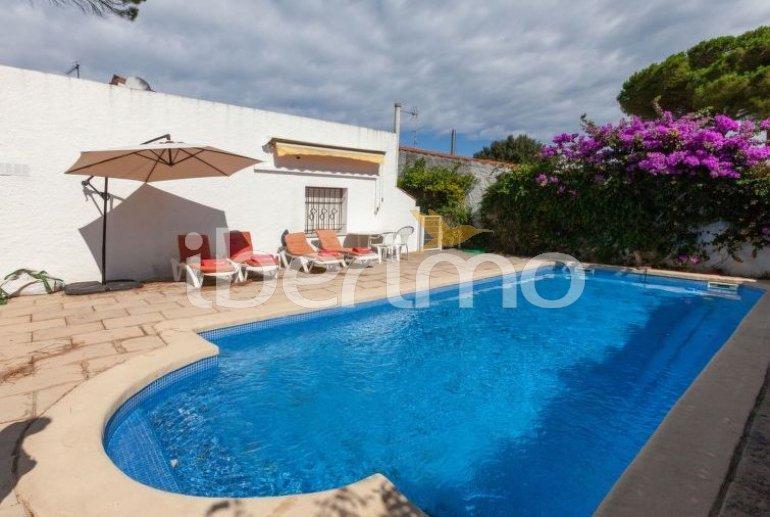 Villa   à L'Escala pour 6 personnes avec piscine privée p10