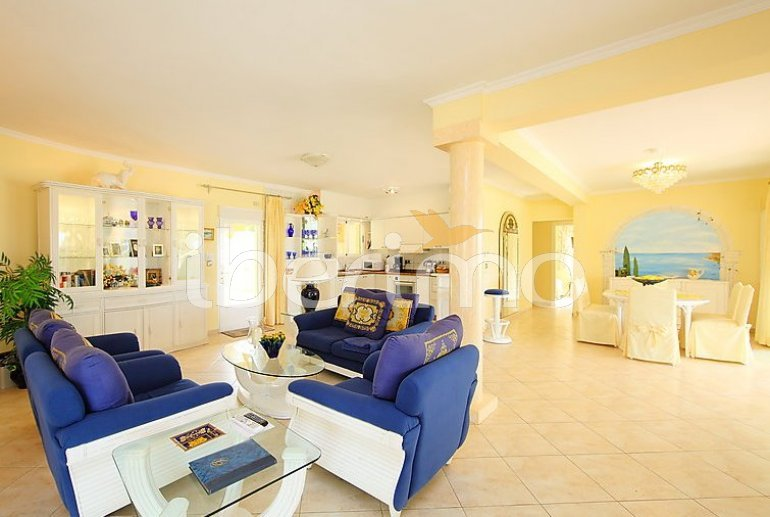 Villa   à Moraira pour 6 personnes avec piscine privée p4