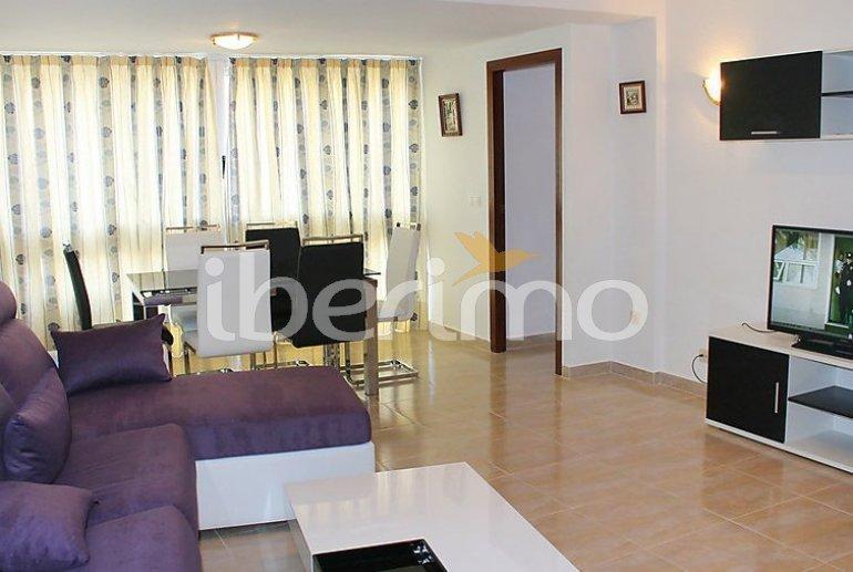 Appartement   à Benidorm pour 6 personnes avec piscine commune p6
