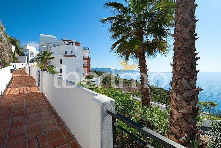 Appartement   à Torrox Costa pour 2 personnes avec piscine commune p0