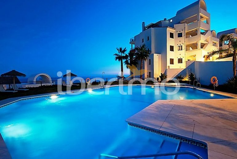 Appartement   à Torrox Costa pour 6 personnes avec piscine commune p5
