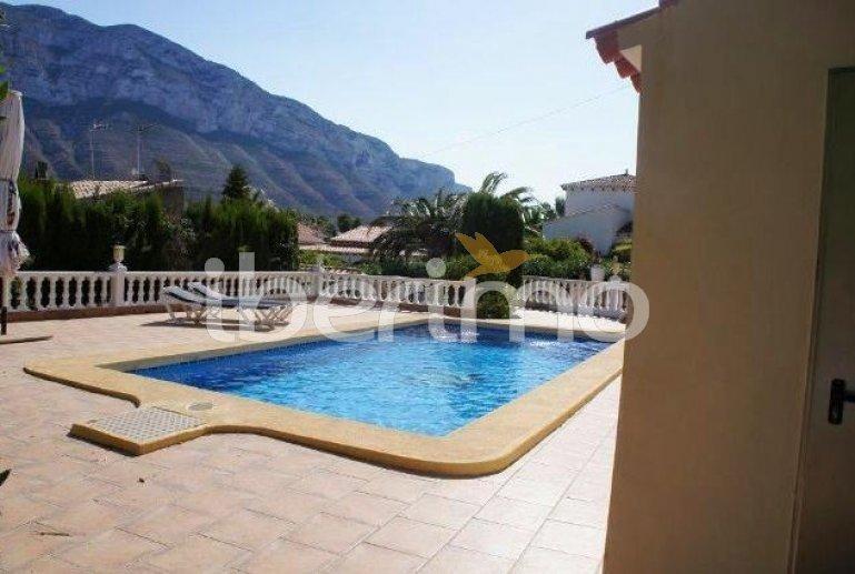 Villa   à Denia pour 2 personnes avec piscine privée p4