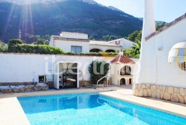 Villa   à Denia pour 5 personnes avec piscine privée p5