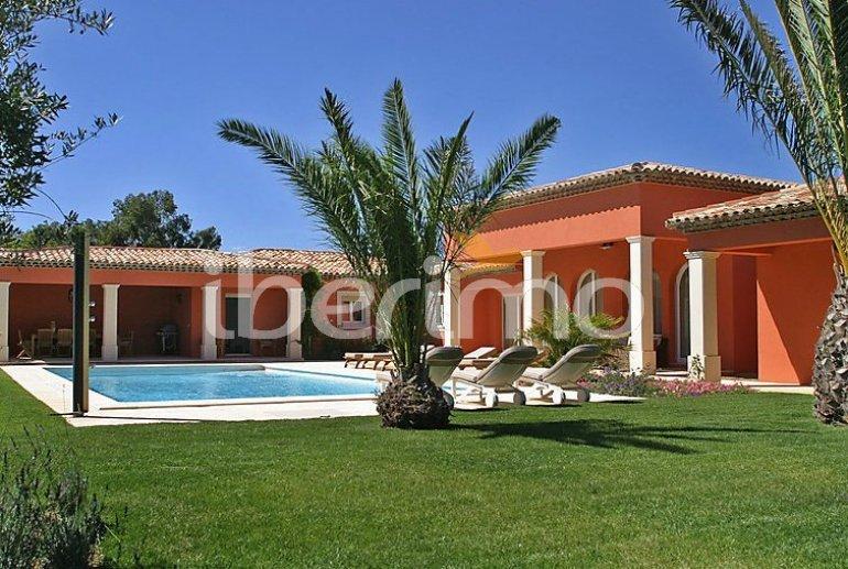 Villa   à Grimaud pour 8 personnes avec piscine privée p0