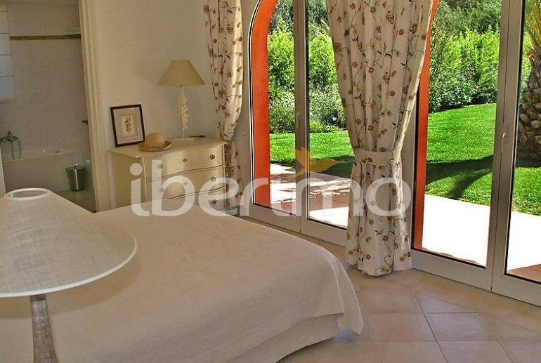 Villa   à Grimaud pour 8 personnes avec piscine privée p9