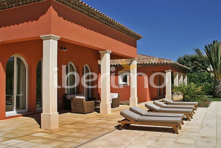 Villa   à Grimaud pour 8 personnes avec piscine privée p3