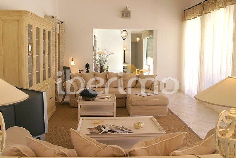 Villa   à Grimaud pour 8 personnes avec piscine privée p5