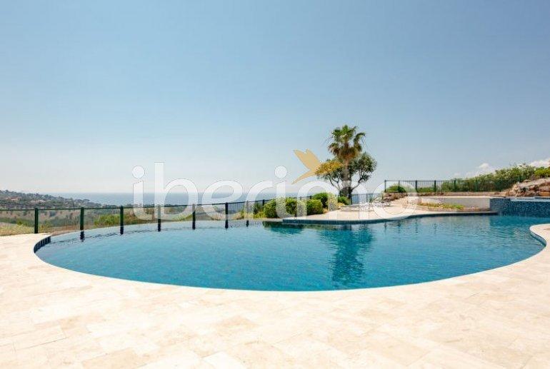 Villa   à Les Issambres pour 4 personnes avec piscine commune p9