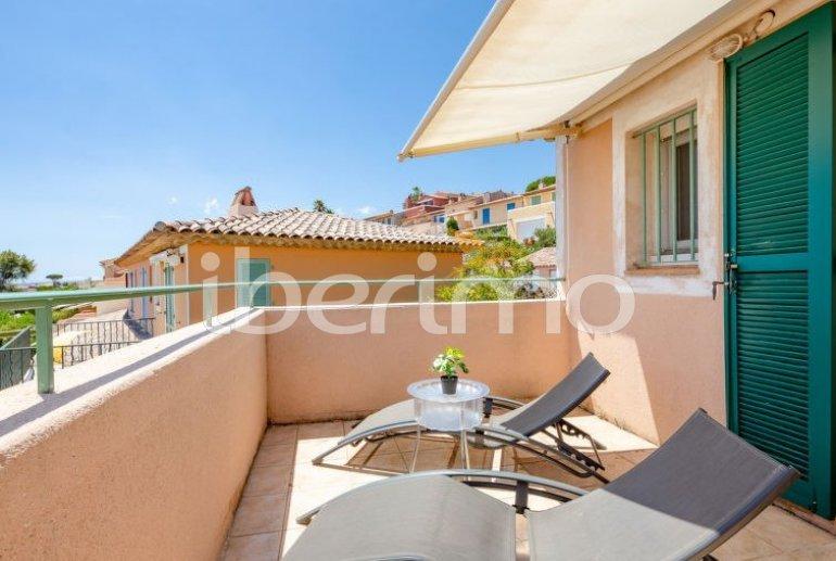 Villa   à Les Issambres pour 4 personnes avec piscine commune p5