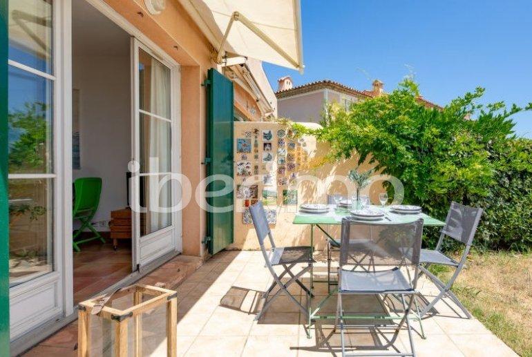 Villa   à Les Issambres pour 4 personnes avec piscine commune p7