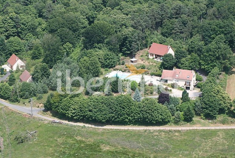 Villa   à Aubazine pour 4 personnes avec piscine commune p1