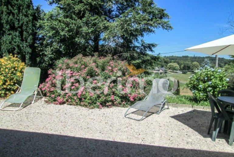 Villa   à Aubazine pour 4 personnes avec piscine commune p4