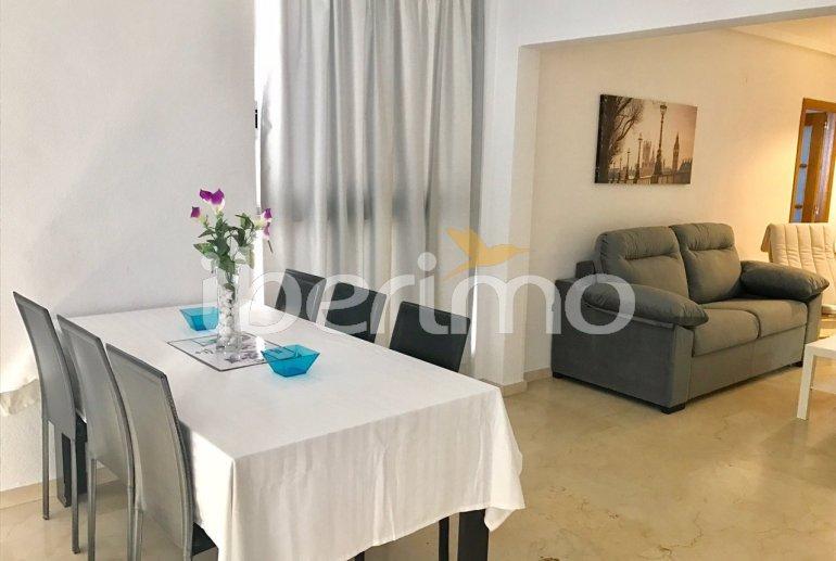 Appartement climatisé  à Benidorm pour 6 personnes avec piscine commune p6