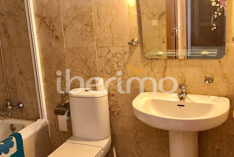Appartement climatisé  à Benidorm pour 6 personnes avec piscine commune p12