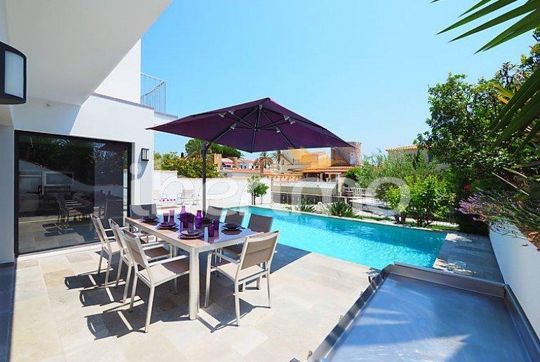 Villa   à Empuriabrava pour 10 personnes avec piscine privée p13