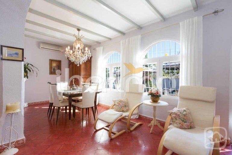 Villa   à Calpe pour 8 personnes avec piscine privée et climatisation p6