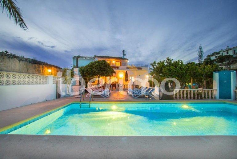 Villa   à Benissa pour 15 personnes avec piscine privée sécurisée, vue mer et Wifi p4