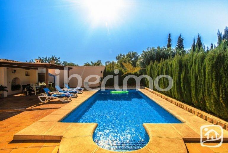 Villa   à Benissa pour 12 personnes avec piscine privée, petite vue mer et internet p2