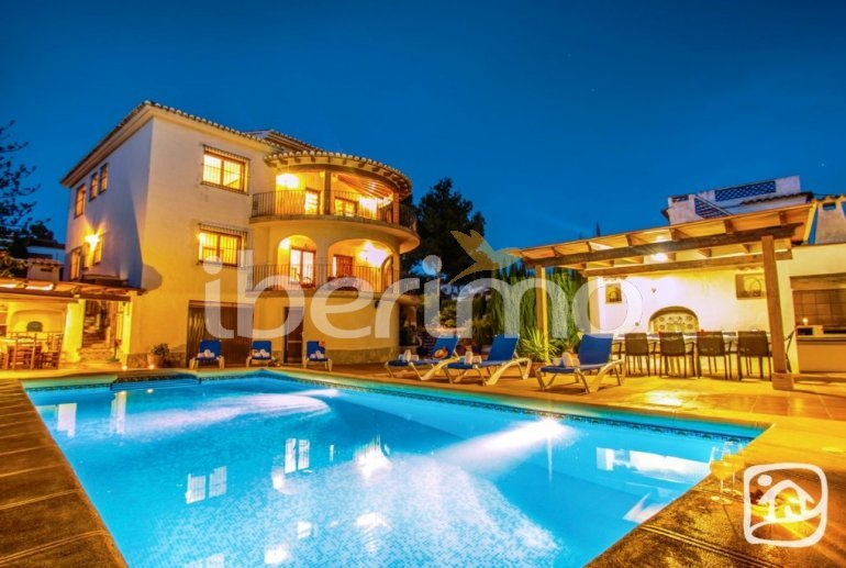Villa   à Benissa pour 12 personnes avec piscine privée p1