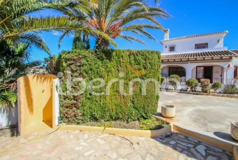 Villa   à Moraira pour 8 personnes avec piscine privée p8