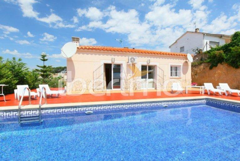 Villa   à Lloret del Mar pour 7 personnes avec piscine privée p1