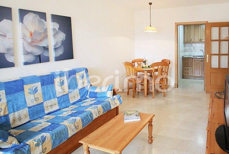 Appartement   à Benidorm pour 3 personnes avec piscine commune p8