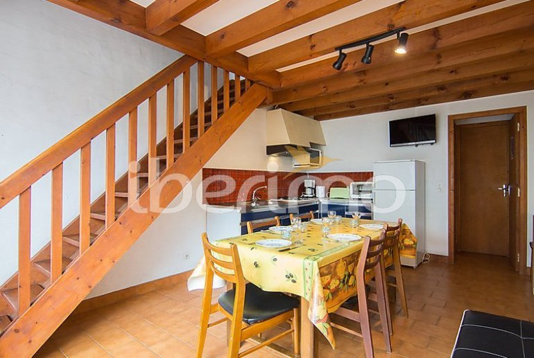 Villa   Mimizan para 5 personas con tv p3