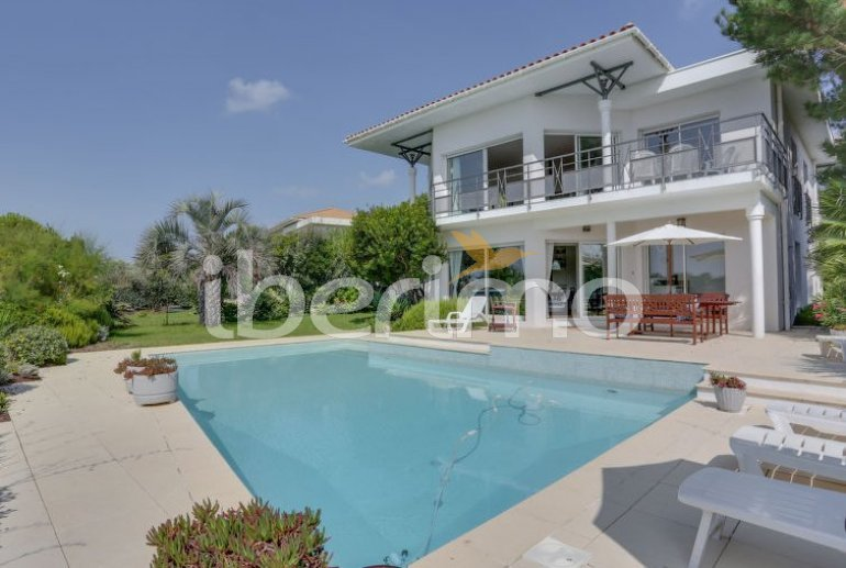 House   Mimizan 10 persons - private pool p0