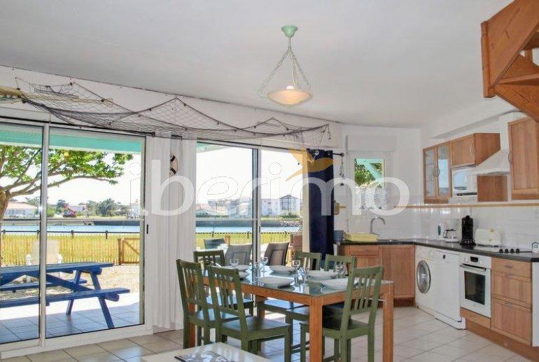 Villa   à Mimizan pour 6 personnes avec lave-vaisselle p0