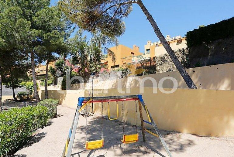 Villa   à Torredembarra pour 6 personnes avec piscine commune p4