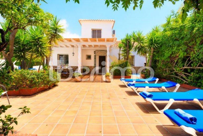 Villa   à Nerja pour 11 personnes avec piscine privée p14