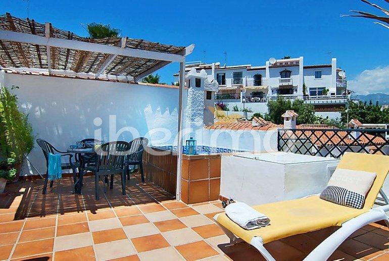 Villa   à Nerja pour 5 personnes avec piscine privée p1