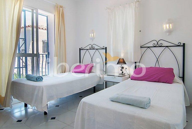 Villa   à Nerja pour 9 personnes avec piscine privée p6